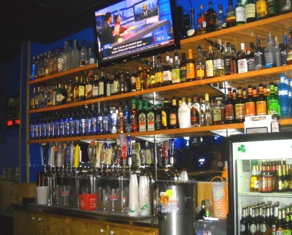 mikie's pub 016