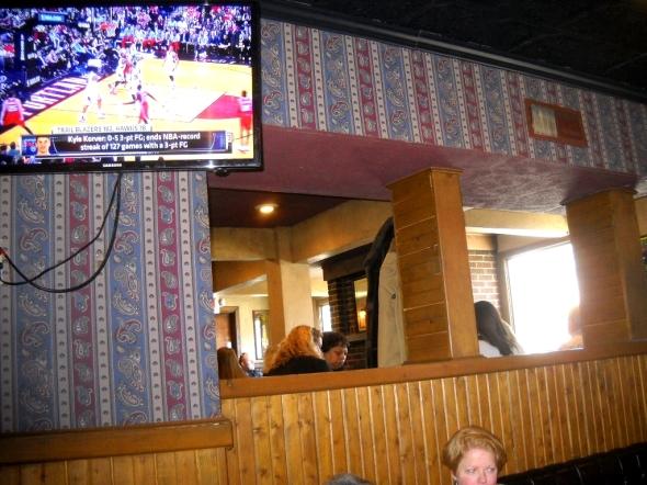 Friendly Tavern 009