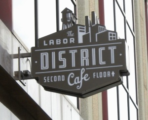 labor district cafe 003